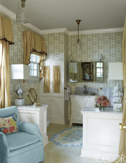15 bathroom wallpaper ideas wall coverings for bathrooms for Vintage bathroom wallpaper