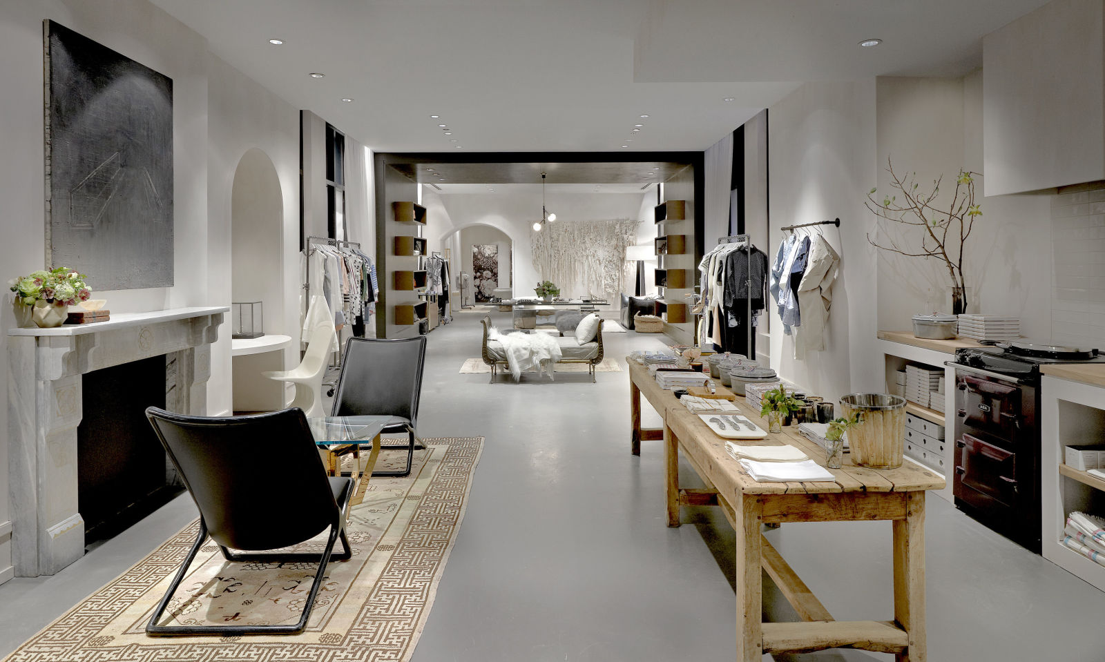Inside Gwyneth Paltrow S Goop Pop Up Shop In Chicago