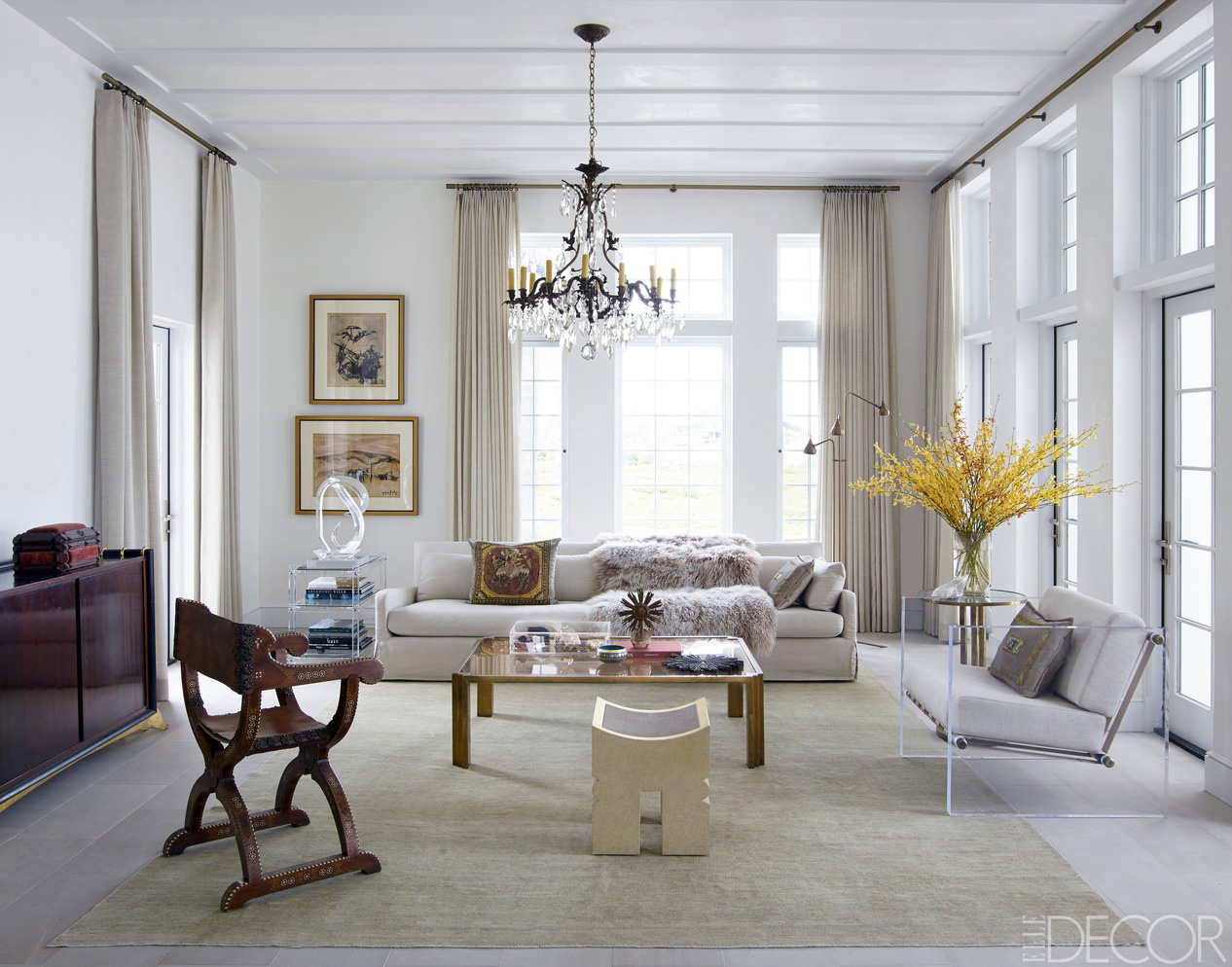 Chic living room decorating ideas and design elle decor - Leaving room decoration ...