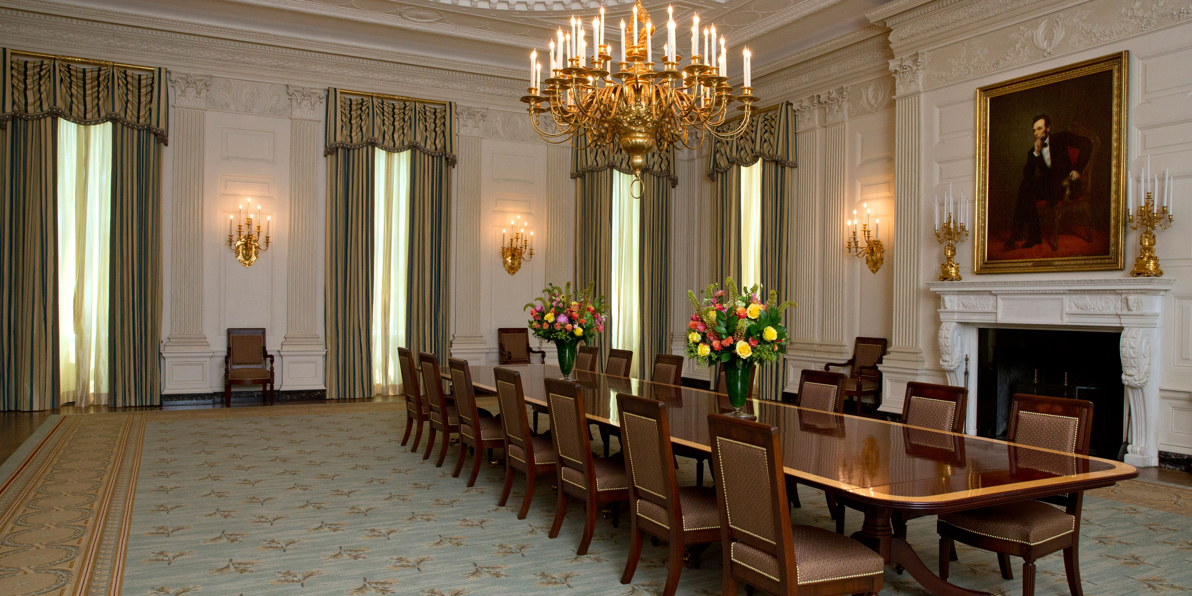 Michelle Obama Revamps The White House State Dining Room