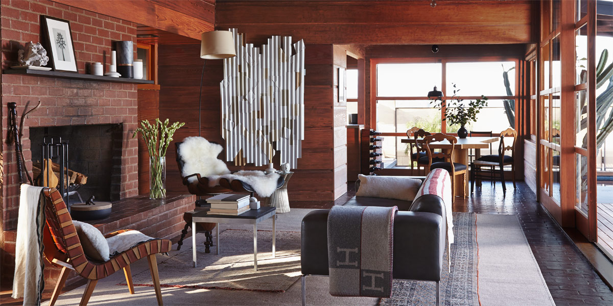 House tour a classic midcentury home is the epitome of for Classic house tour
