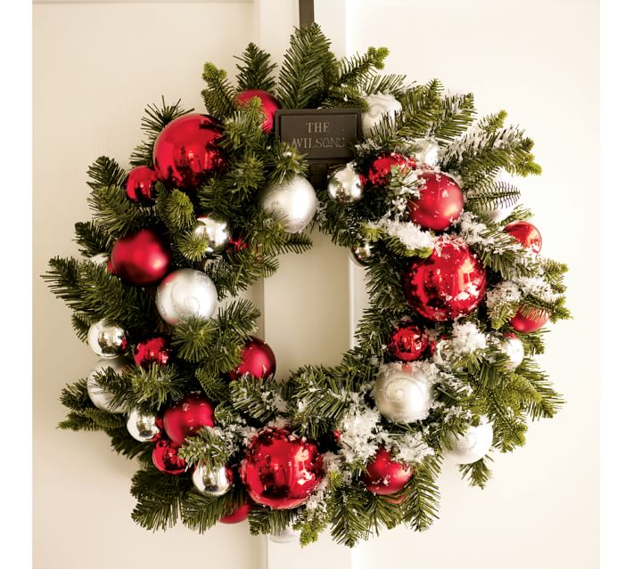 christmas door wreath ideas 2016 decorating with christmas wreaths