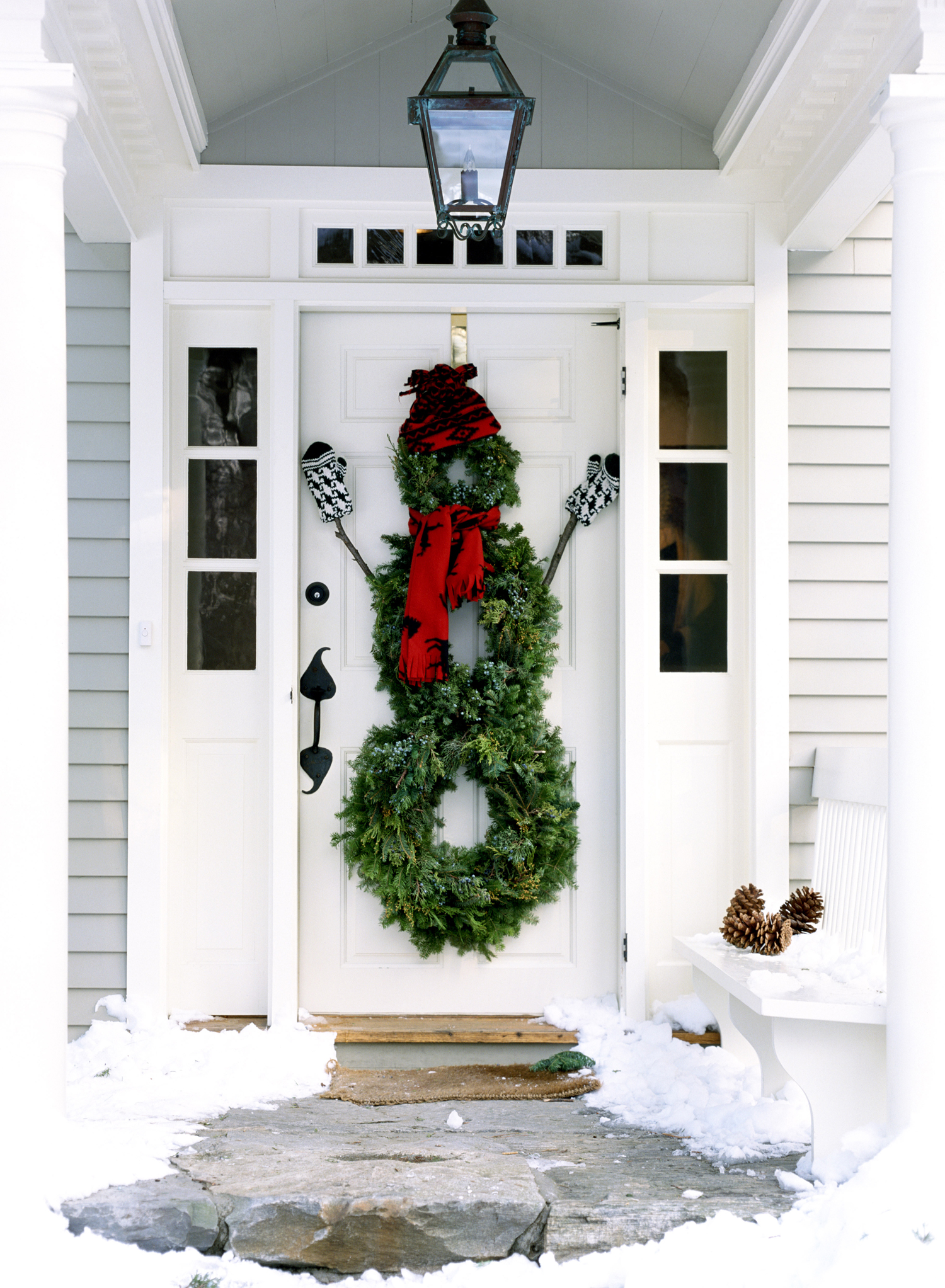 Outdoor Christmas Yard Decorations - Outside Holiday Decor