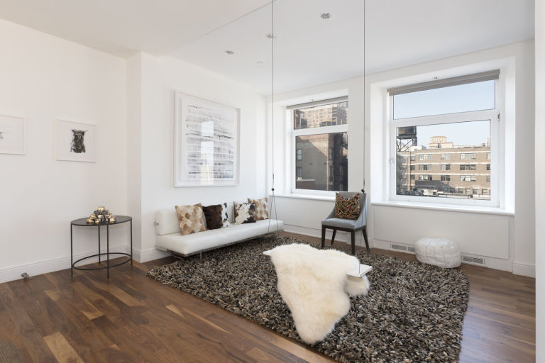 Celebrity Homes: Britney Spears' Penthouse Britney Spears' Penthouse Celebrity Homes: Britney Spears' Penthouse gallery 1452108215 14 east 4th street 1109 living room