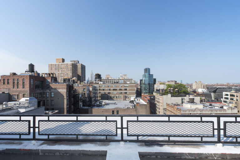 Celebrity Homes: Britney Spears' Penthouse Britney Spears' Penthouse Celebrity Homes: Britney Spears' Penthouse gallery 1452108356 14 east 4th street 1109 view