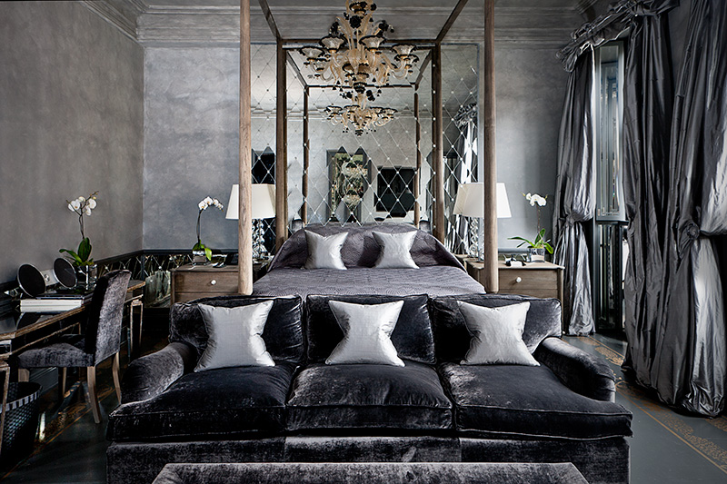 10 romantic bedroom ideas sexy bedroom decorating for House interior design romantic bedroom