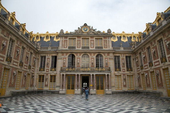 alain ducasse to open palace of versailles restaurant eat inside palace of versailles. Black Bedroom Furniture Sets. Home Design Ideas