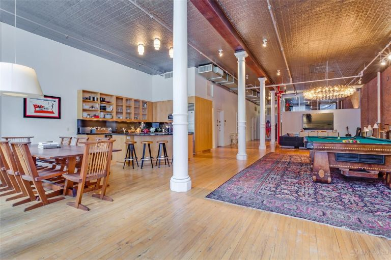 Adam Levine apartment