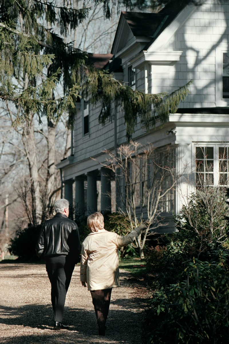 things you didn 39 t know about hillary clinton 39 s home in chappaqua ny