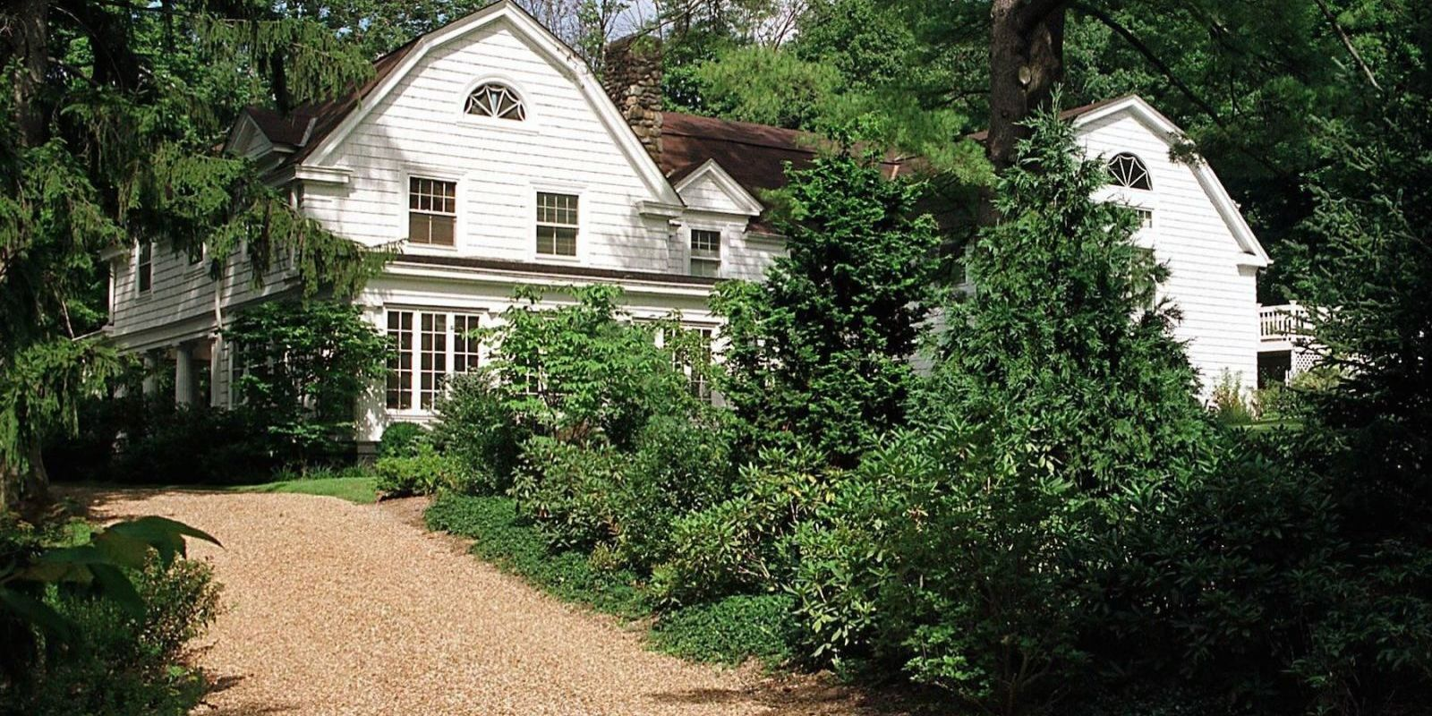 17 Things You Didn 39 T Know About Hillary Clinton 39 S Home In