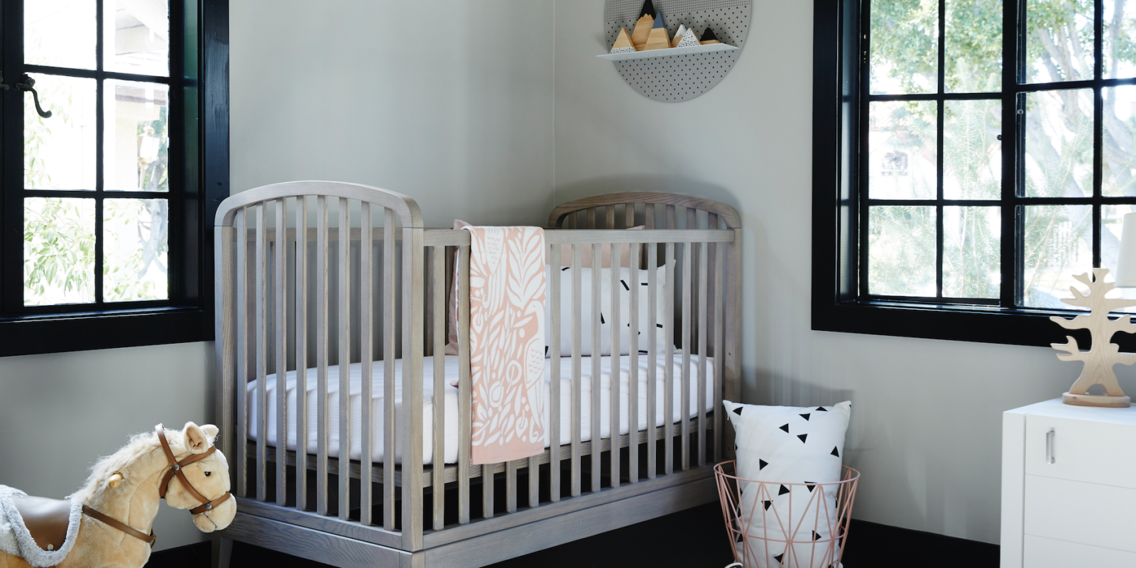 7 cute baby girl rooms nursery decorating ideas for baby for Cute baby room ideas