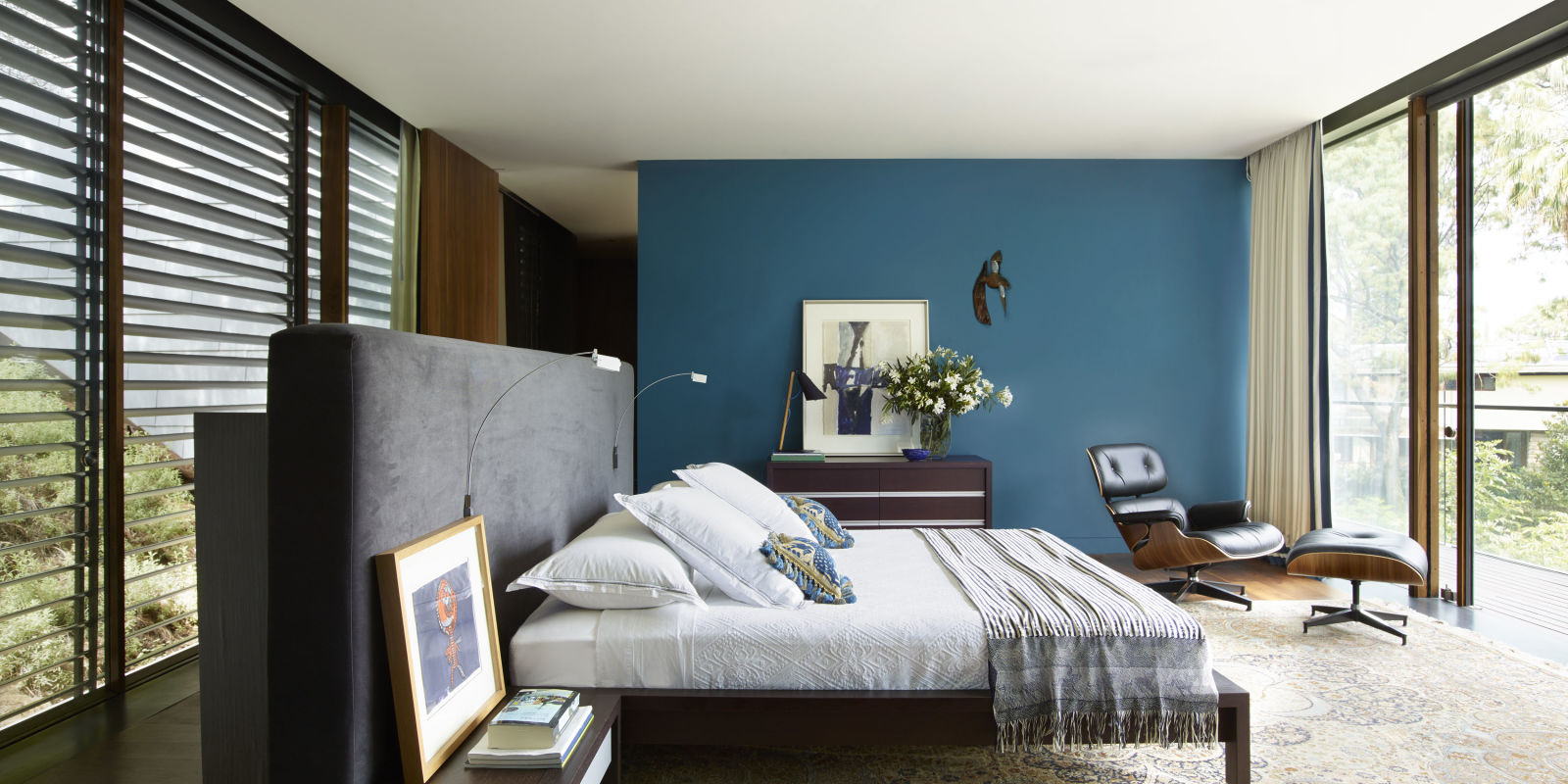 25 best blue paint colors top shades of blue paint for Best paint color for interior walls