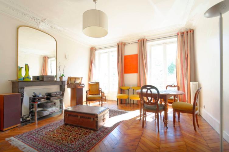 парижской квартире Детали, которые вы найдете в каждой парижской квартире 1477498217 1446236487 paris antiques
