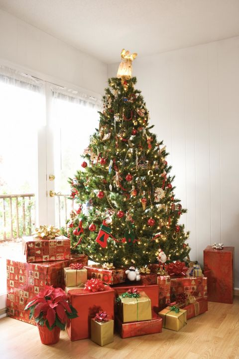 The hidden symbolism behind your favorite christmas for Elle decor christmas tree