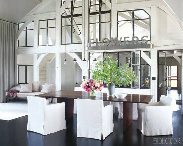 Meg ryan at home inside her martha 39 s vineyard beach house for Elle decor best dining rooms