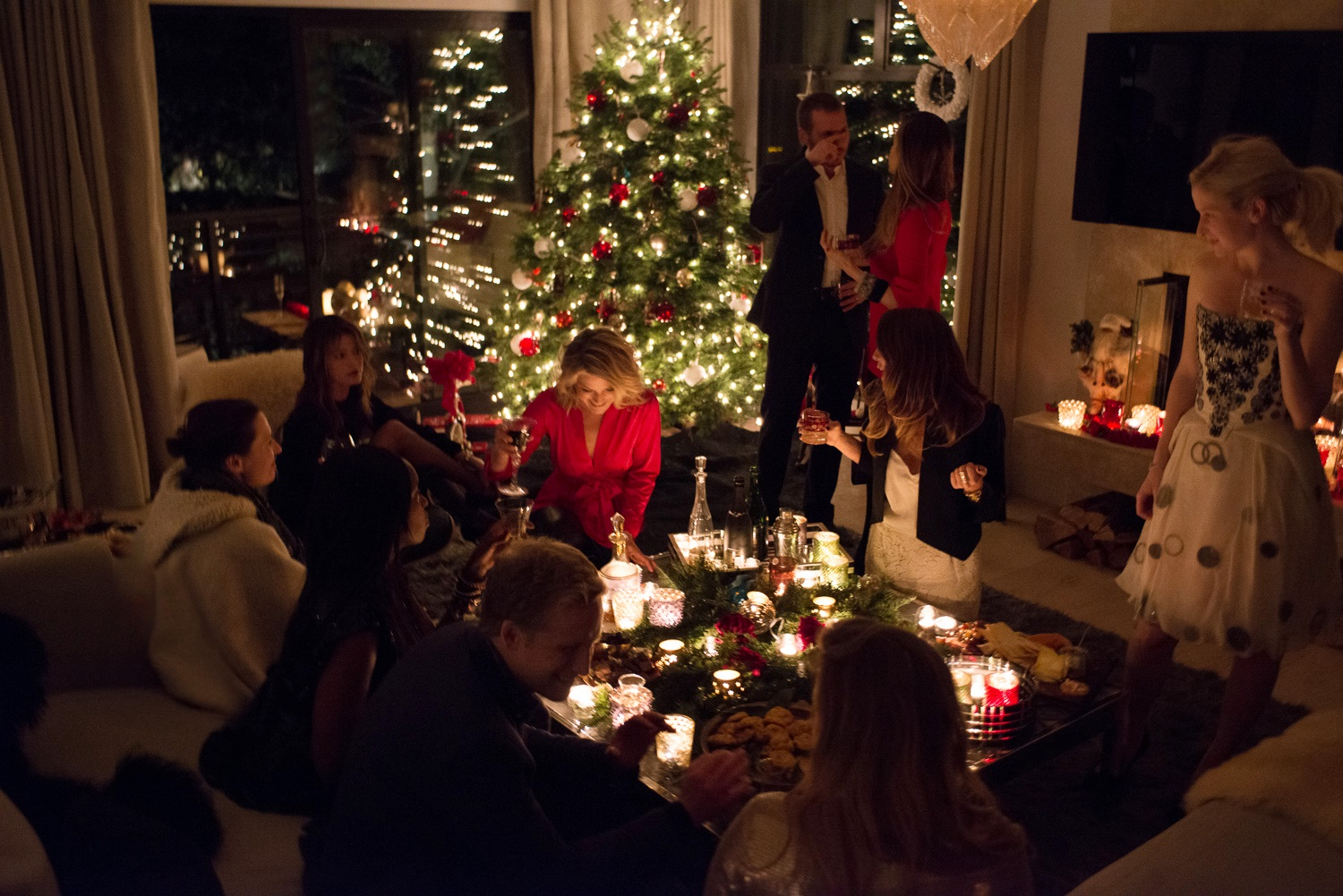 Holiday time saving ideas how to save time over the holidays for Elle decor christmas tree