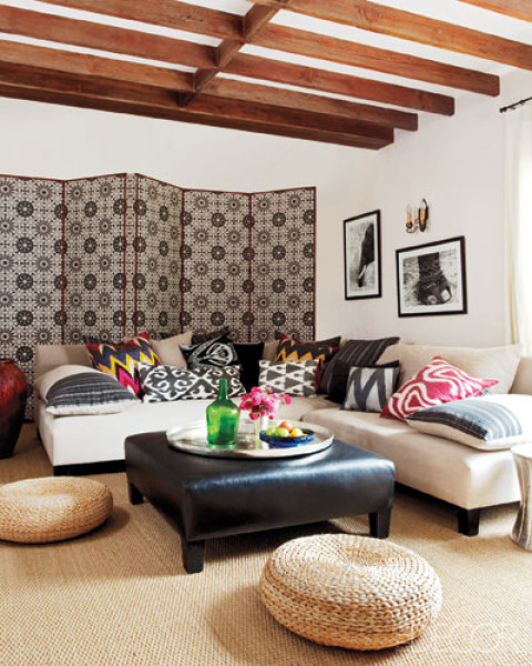Home Tour Christian Siriano S Connecticut Home: How To Decorate White Sofa
