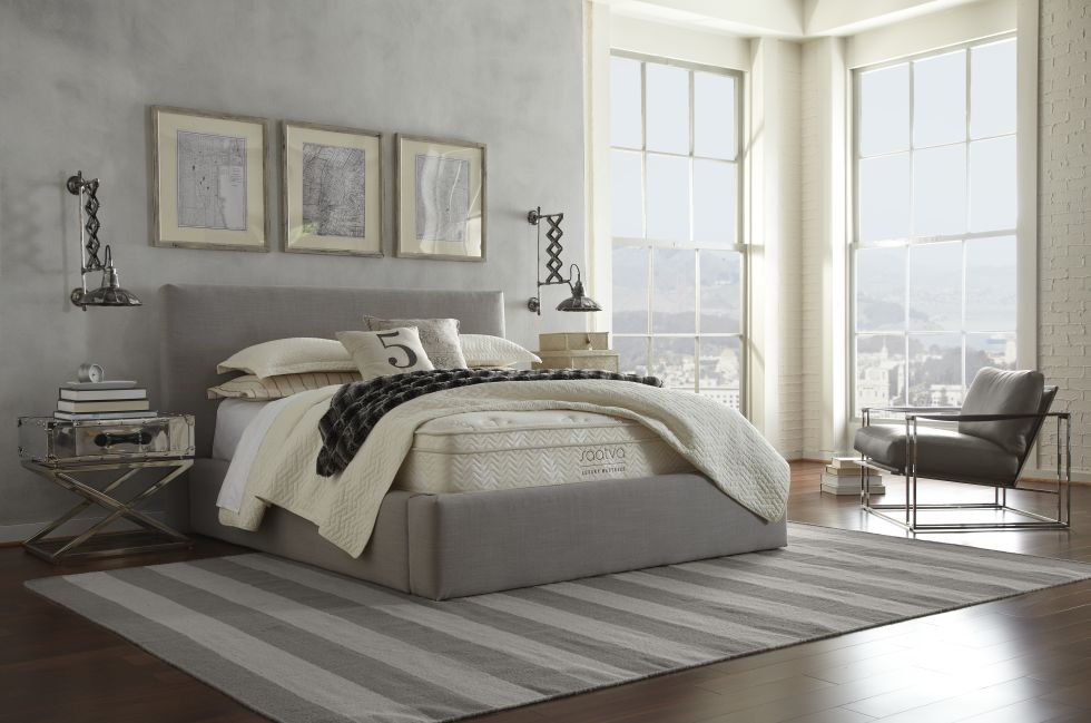 How To Decorate A Bedroom - What To Put In Bedroom