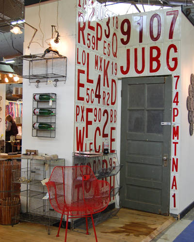 Interior design trends and letter designs at the new york international gift fair in new york - Peddlers home design ...