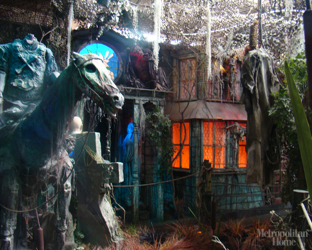Gallery For &gt Halloween Haunted House Decorations - Best Halloween House Decorations